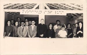 Padre Escalante en la apertura de clases  - 8 de mayo de 1957 - Iglesia San Roque - Asunción